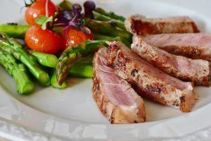 Naturalne występowanie kreatyny w mięsie i rybach